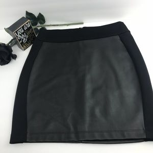 Nanette Lepore Lamour Black Mini Skirt